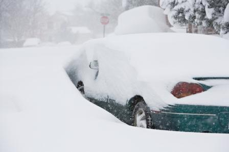 Winter_Car buried in snow_499,997_cmp