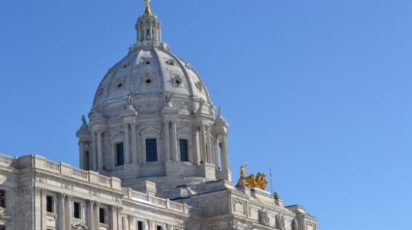 Minnesota Capitol -- Good